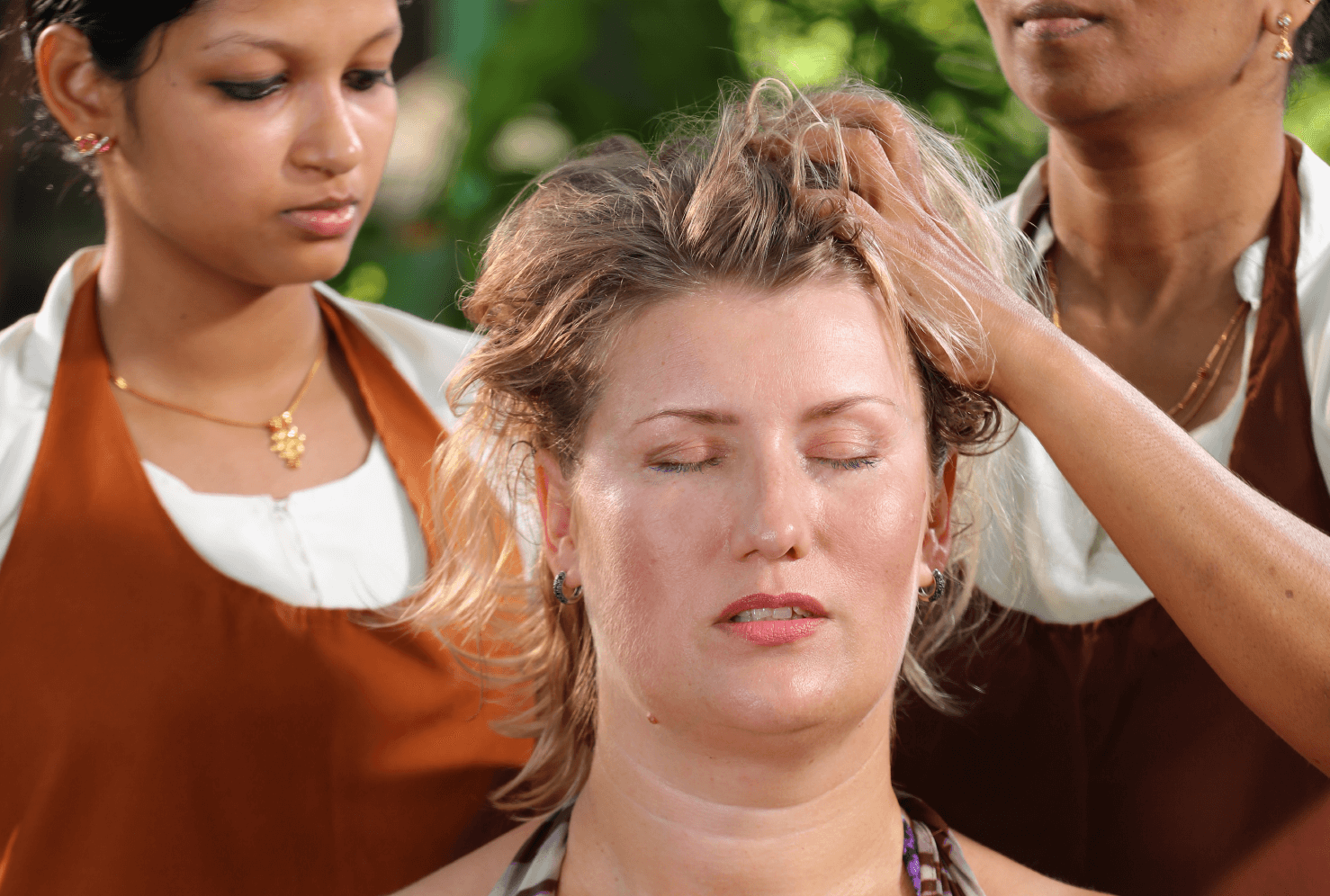 head massage with ayurveda herbal oils